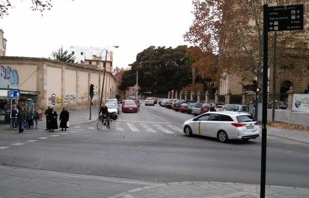 Projecte per donar continuïtat al trànsit per a vianants entre els carrers Oms i Jardí Botànic.